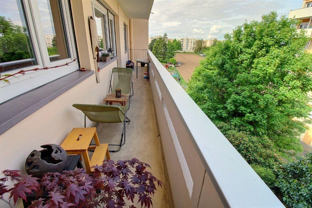 Appartement à vendre 4 80.16m2 à Bischheim vignette-6