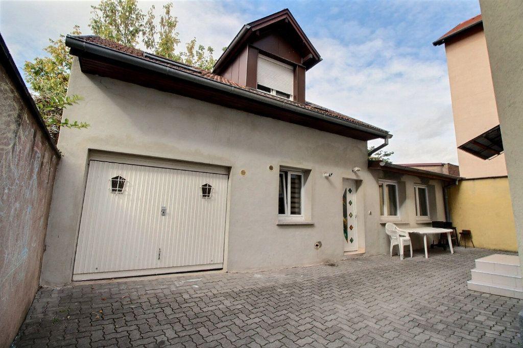 Immeuble à vendre 0 250m2 à Bischheim vignette-13