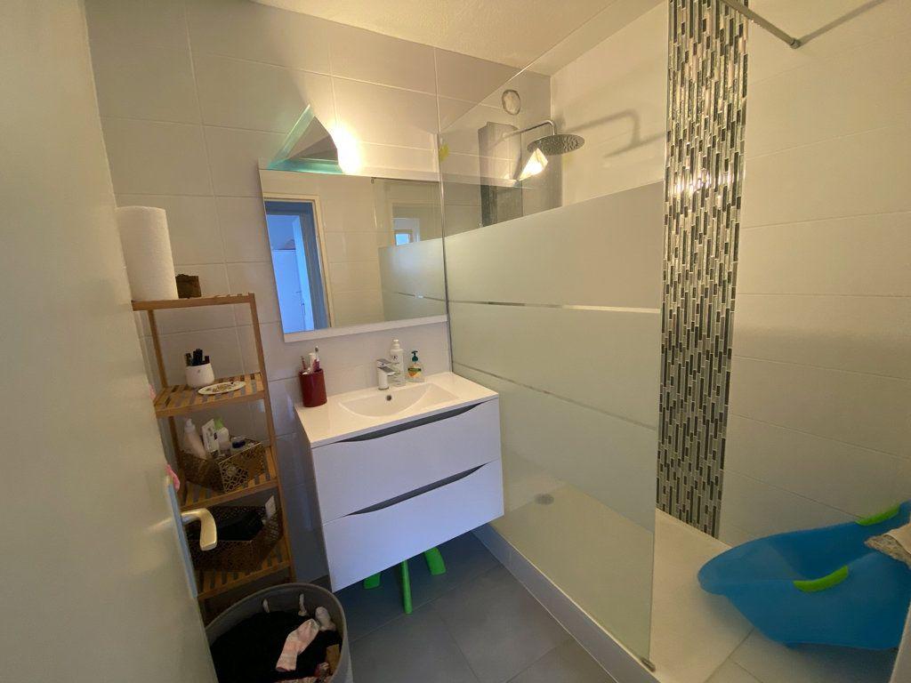 Appartement à vendre 3 73m2 à Lingolsheim vignette-4