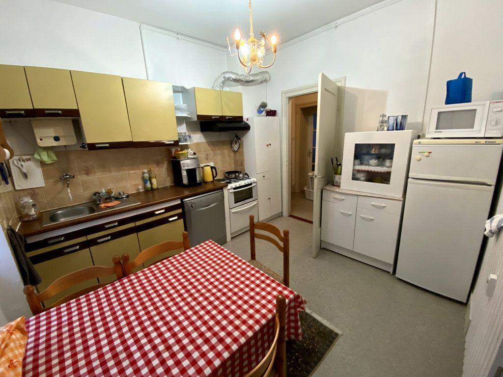 Appartement à vendre 2 58m2 à Strasbourg vignette-3