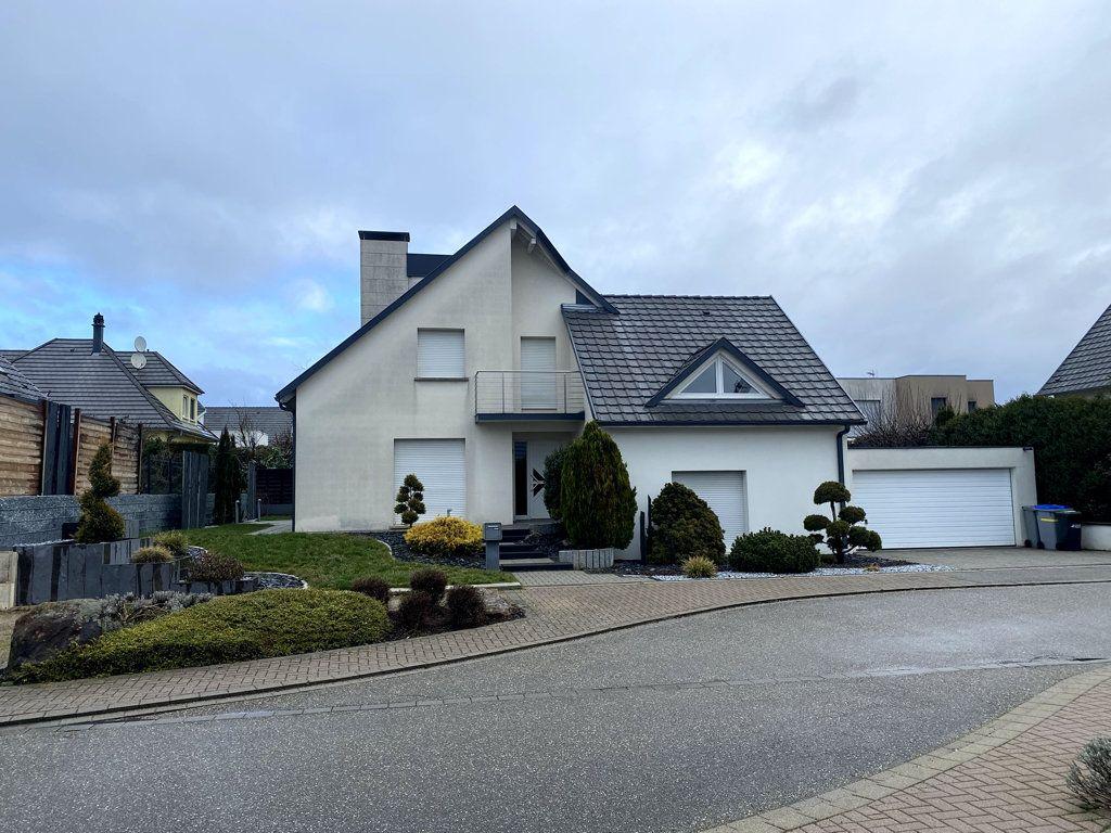 Maison à vendre 5 200m2 à Brumath vignette-1