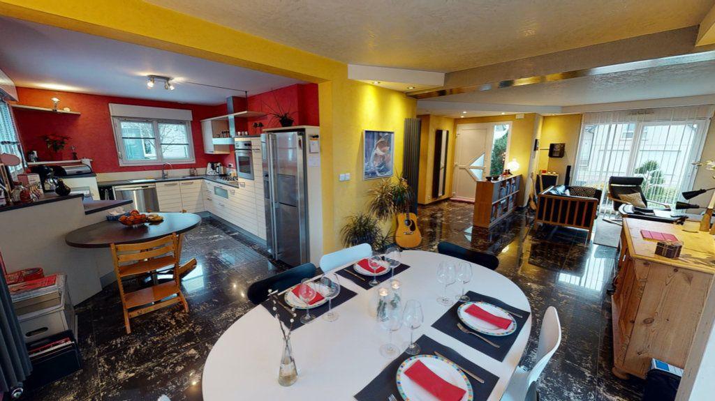 Maison à vendre 5 200m2 à Brumath vignette-2