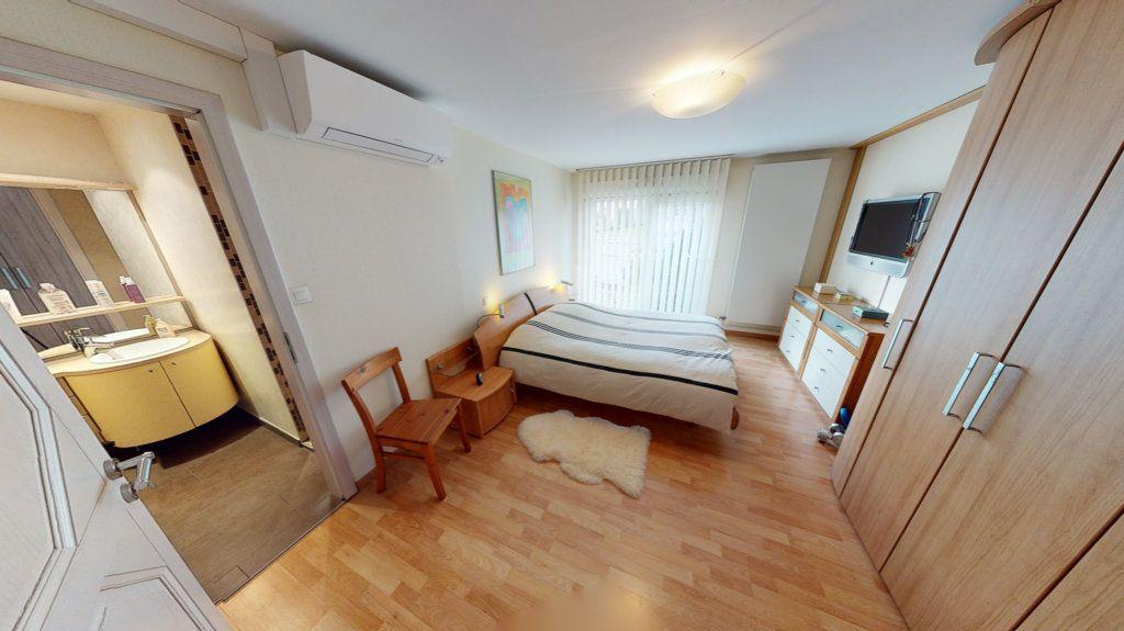 Maison à vendre 5 200m2 à Brumath vignette-5