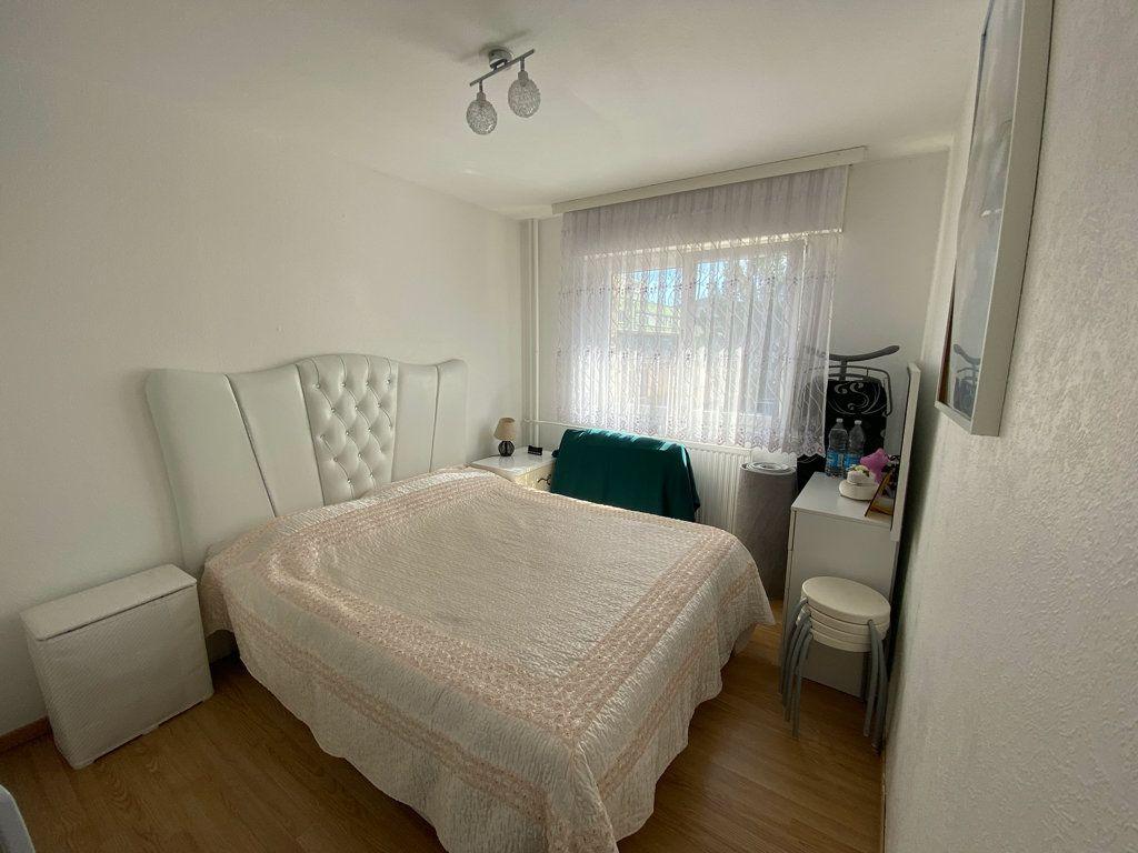Appartement à vendre 4 95m2 à Strasbourg vignette-2