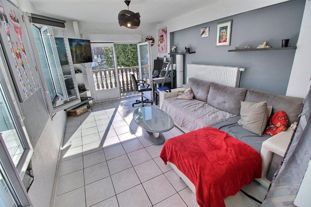 Appartement à vendre 4 92.63m2 à Souffelweyersheim vignette-3
