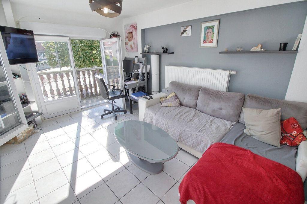 Appartement à vendre 4 92.63m2 à Souffelweyersheim vignette-4