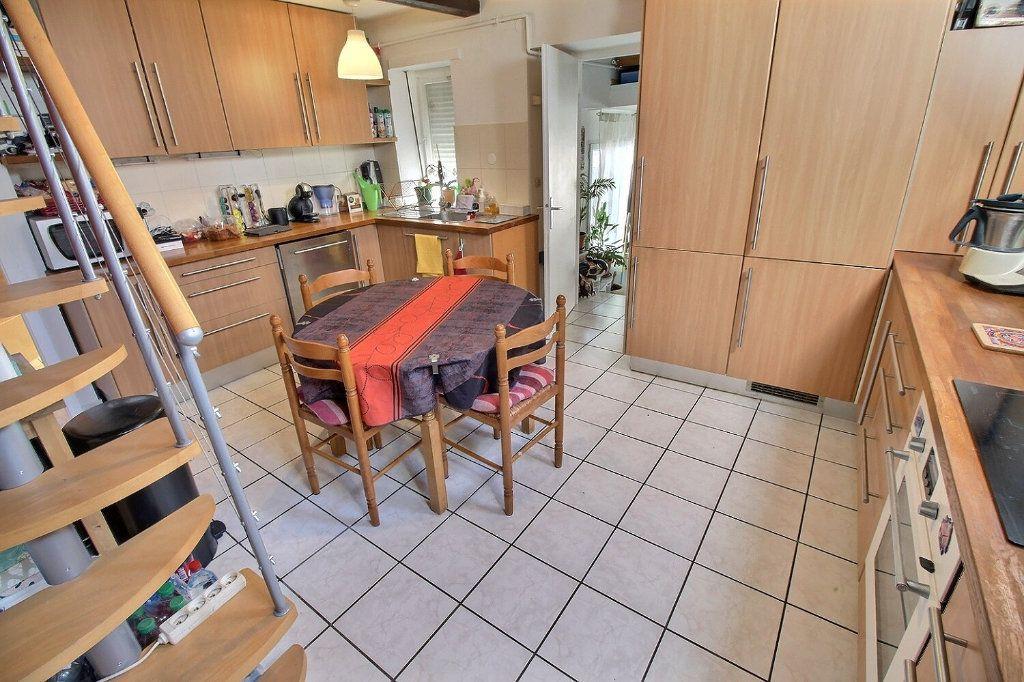 Appartement à vendre 4 92.63m2 à Souffelweyersheim vignette-6