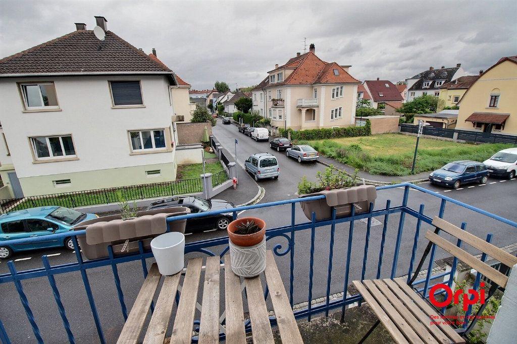 Appartement à vendre 3 72m2 à Bischheim vignette-3