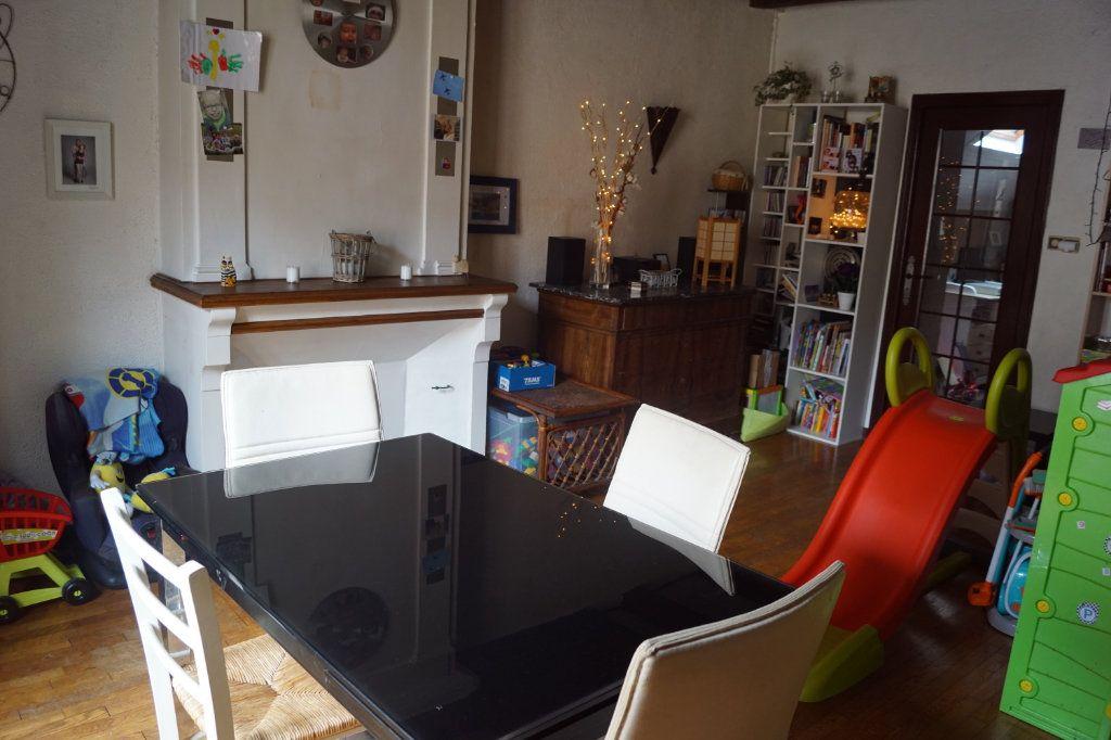 Maison à vendre 5 133.8m2 à Langres vignette-1
