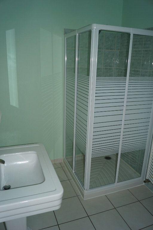Appartement à louer 3 90m2 à Chaumont vignette-8