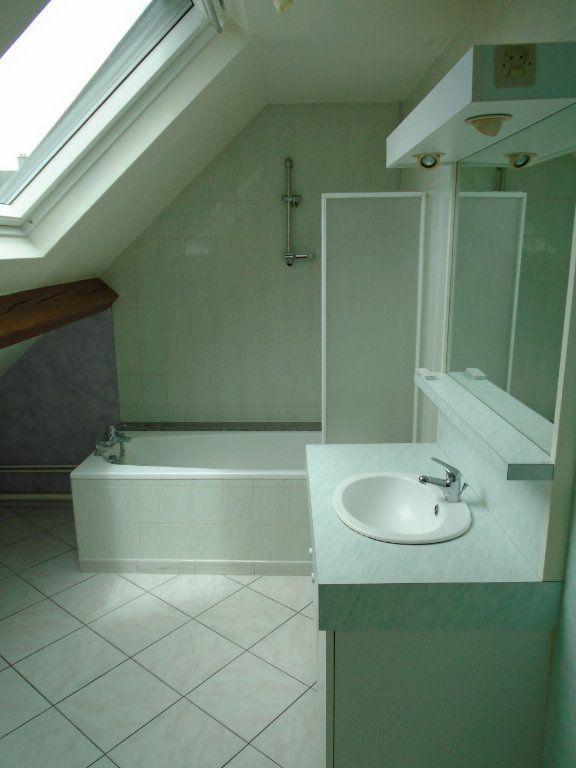 Appartement à louer 3 73.59m2 à Langres vignette-4