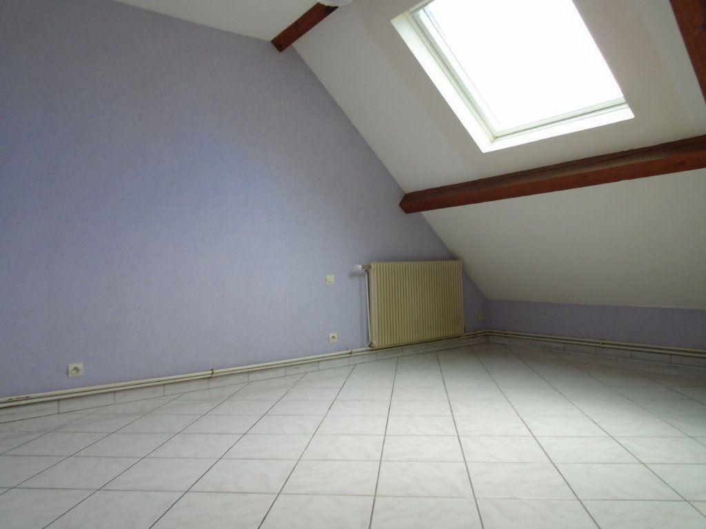 Appartement à louer 3 73.59m2 à Langres vignette-5