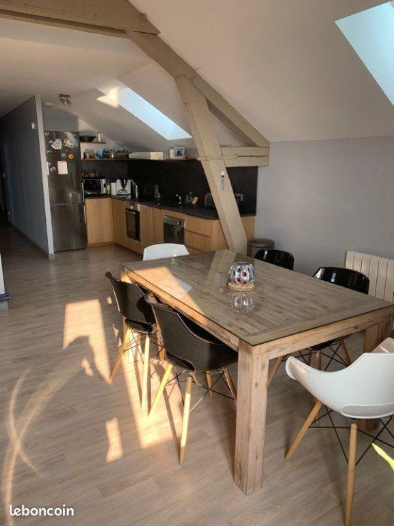Appartement à louer 3 81m2 à Langres vignette-1