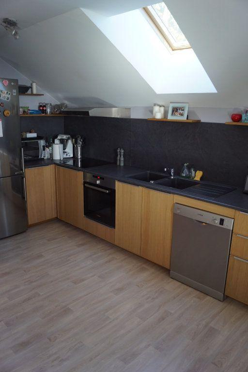 Appartement à louer 3 81m2 à Langres vignette-3