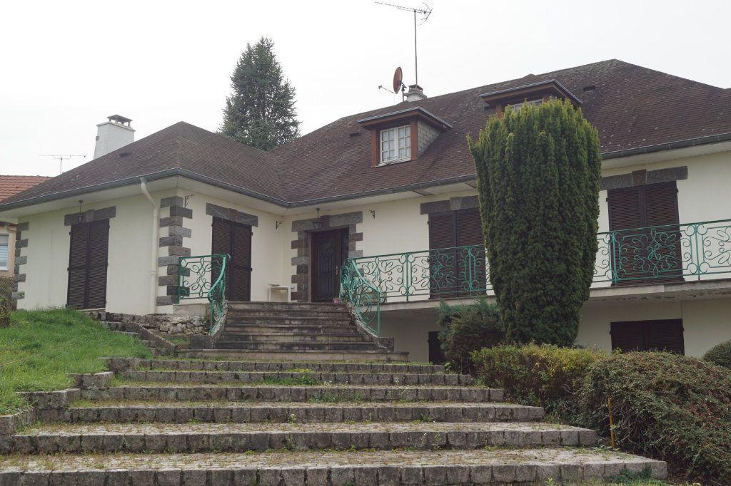 Maison à vendre 7 210m2 à Langres vignette-1
