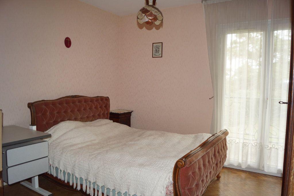Maison à vendre 7 210m2 à Langres vignette-5