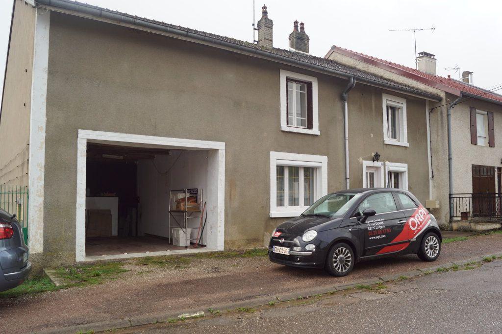 Maison à vendre 5 126.12m2 à Langres vignette-1