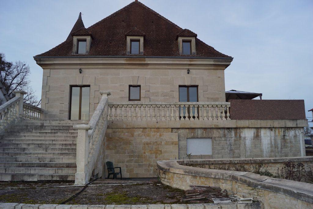 Maison à vendre 4 140m2 à Longeau-Percey vignette-5