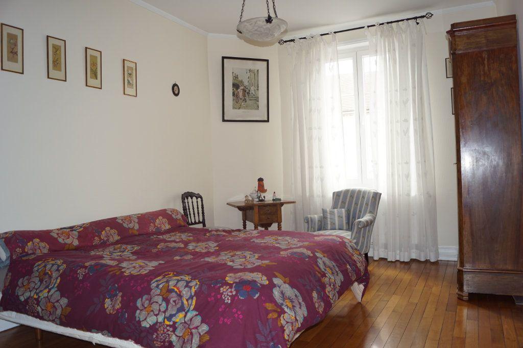 Maison à vendre 5 207.56m2 à Val-de-Meuse vignette-5