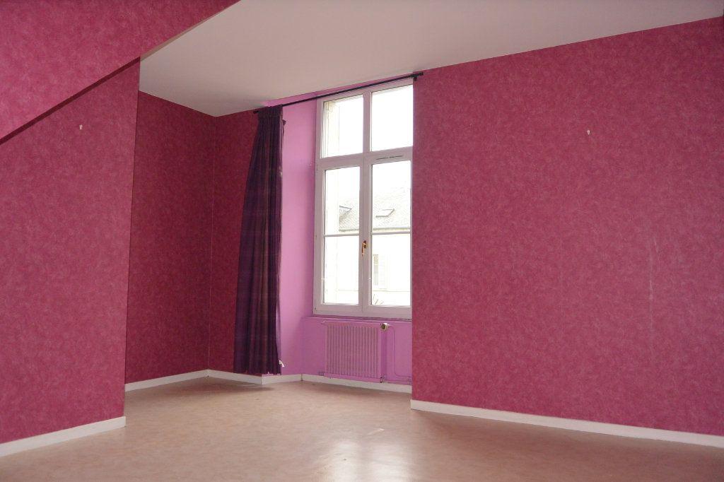 Appartement à louer 2 42.9m2 à Langres vignette-2