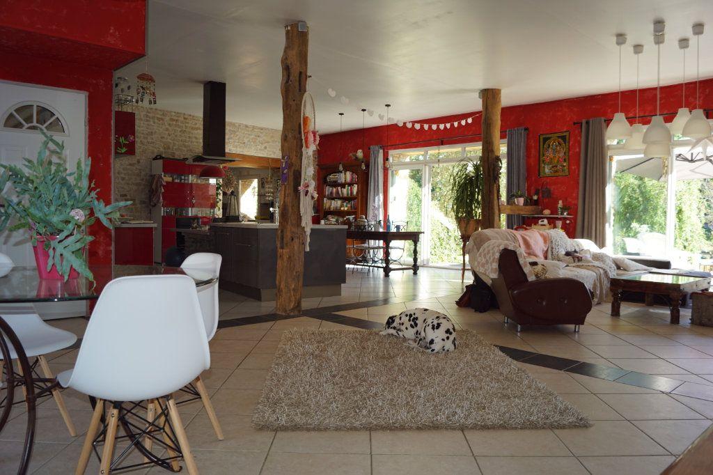 Maison à vendre 5 235m2 à Le Pailly vignette-2