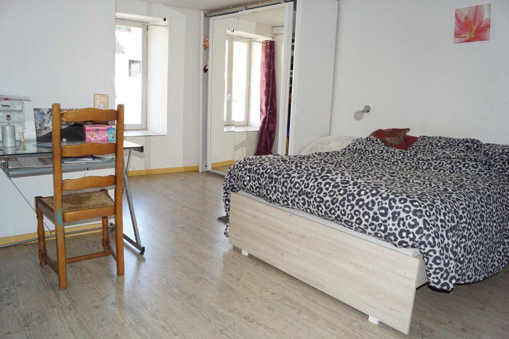 Maison à vendre 5 235m2 à Le Pailly vignette-6