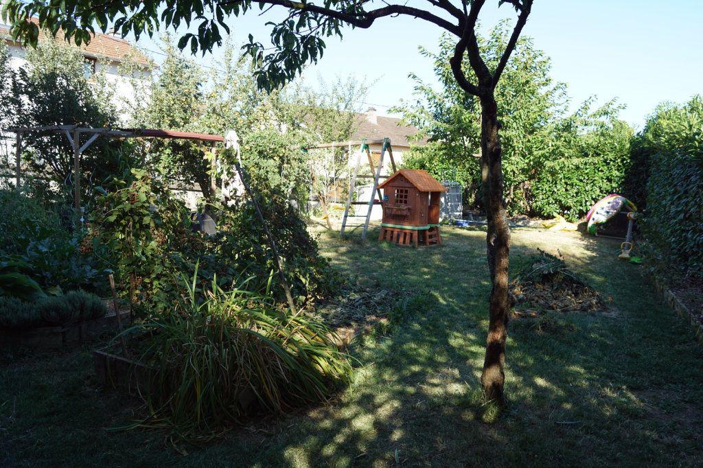 Maison à vendre 5 235m2 à Le Pailly vignette-10