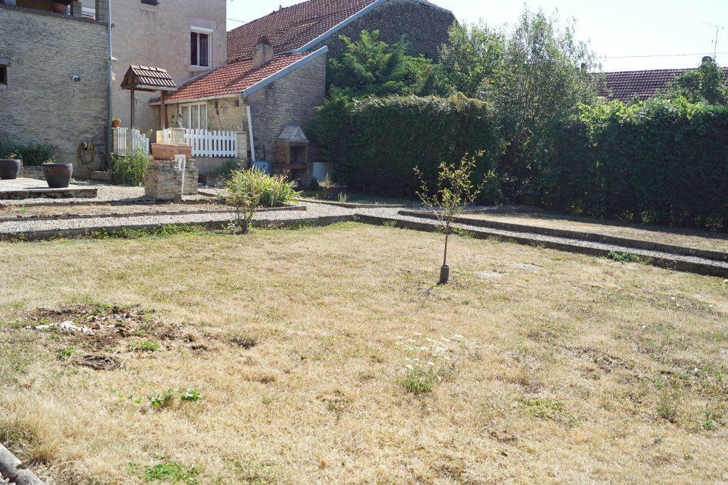 Maison à vendre 5 115m2 à Longeau-Percey vignette-10