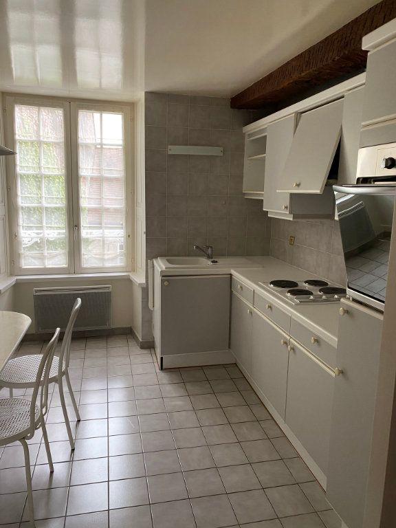 Appartement à louer 2 52m2 à Chaumont vignette-2