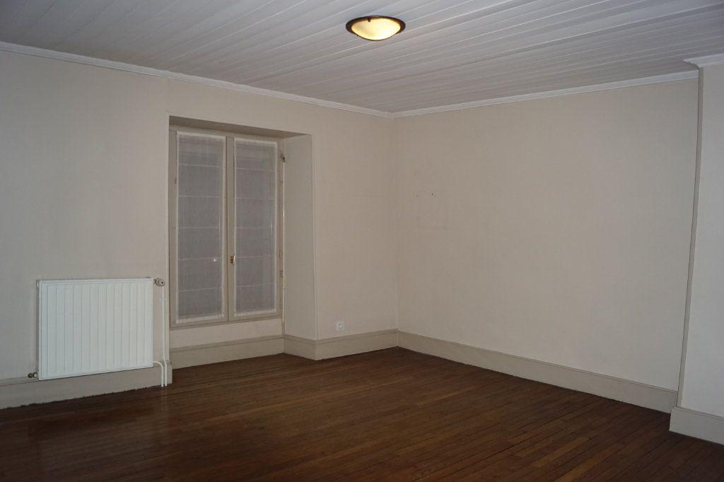 Maison à vendre 4 107m2 à Langres vignette-5