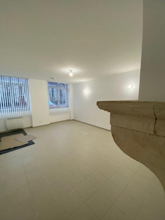 Appartement à louer 2 56m2 à Beauchemin vignette-1