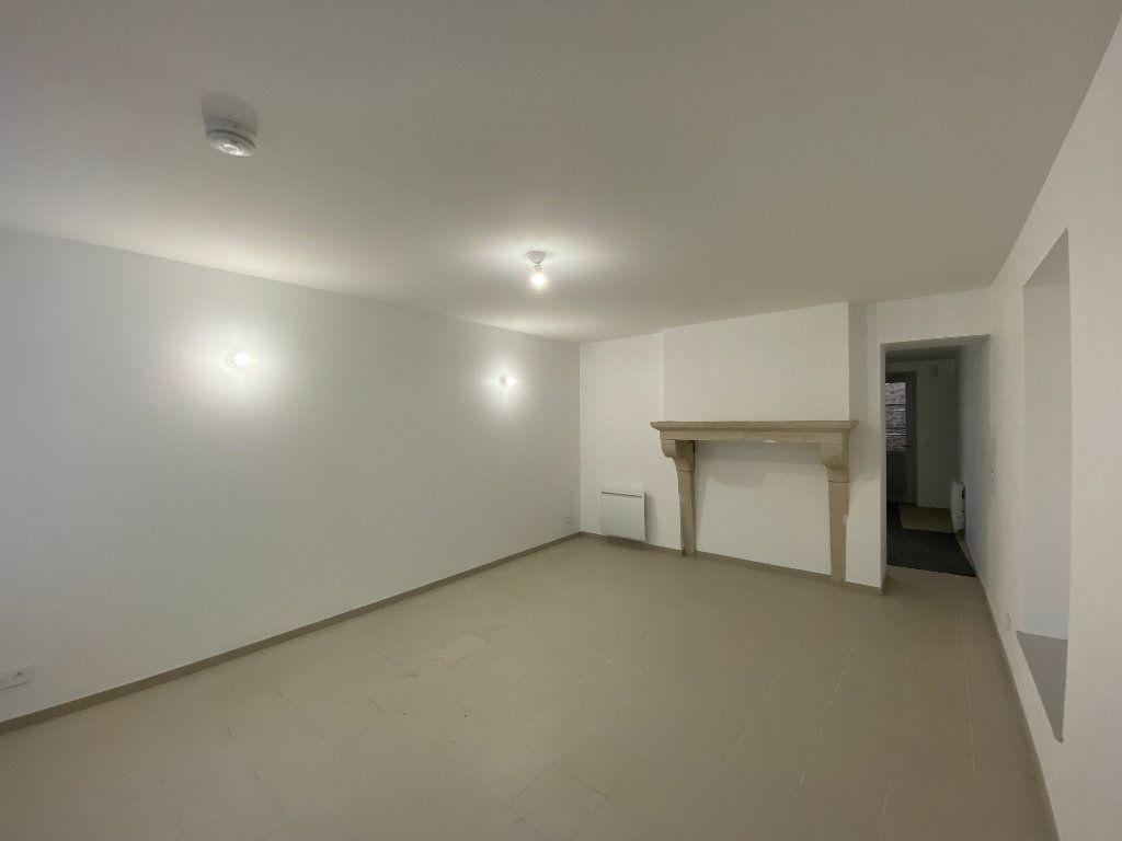 Appartement à louer 2 56m2 à Beauchemin vignette-2