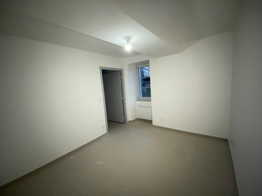 Appartement à louer 2 56m2 à Beauchemin vignette-5