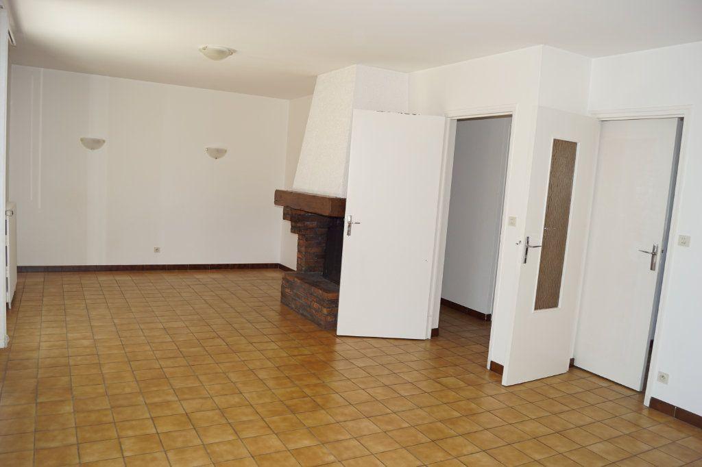 Maison à vendre 5 109m2 à Chaumont vignette-3
