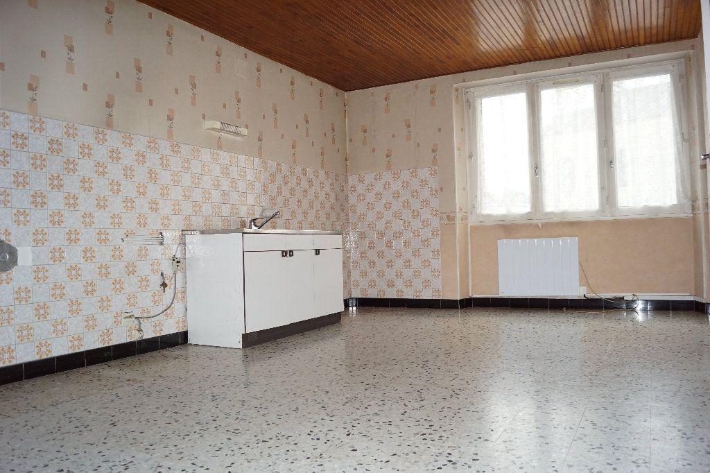 Maison à vendre 4 115m2 à Rançonnières vignette-2