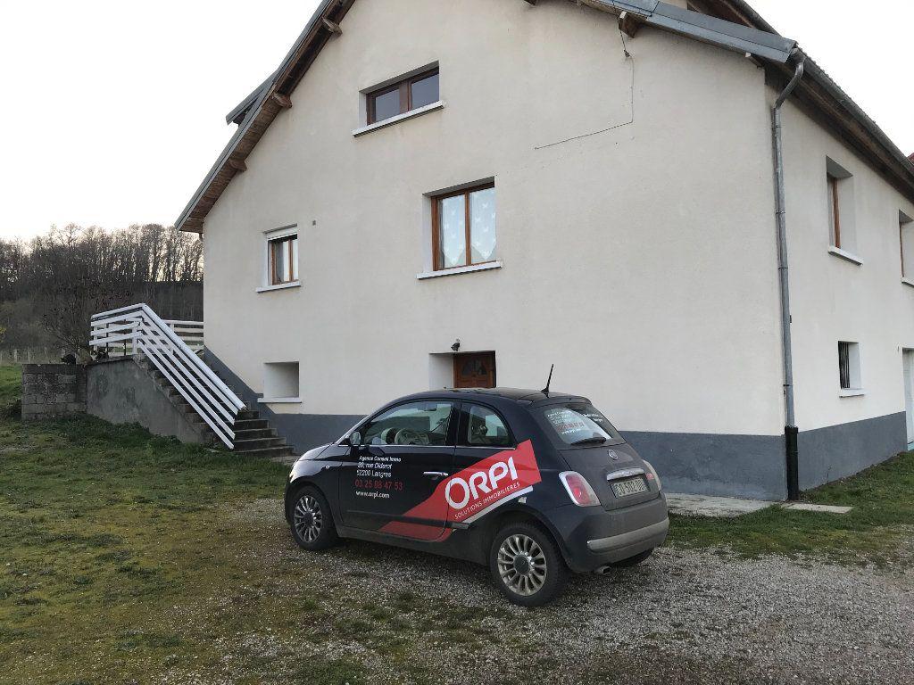 Maison à vendre 8 158m2 à Longeau-Percey vignette-3
