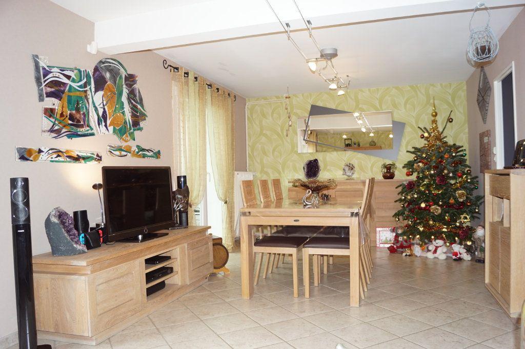 Maison à vendre 5 125m2 à Langres vignette-1