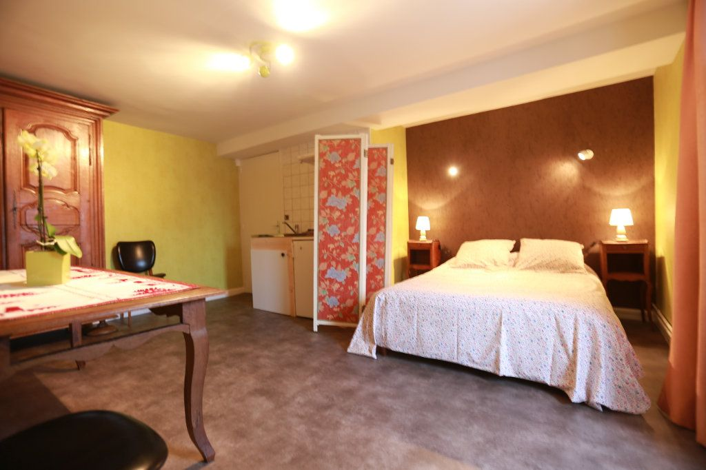 Appartement à louer 1 15m2 à Langres vignette-1