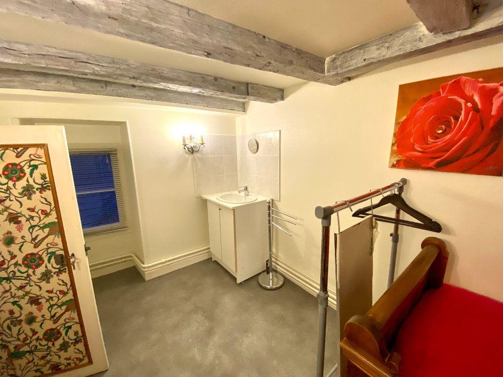 Appartement à louer 1 10m2 à Langres vignette-2