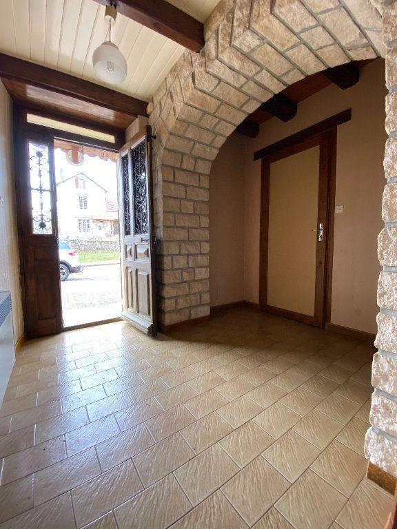Maison à vendre 4 139.5m2 à Chalindrey vignette-1