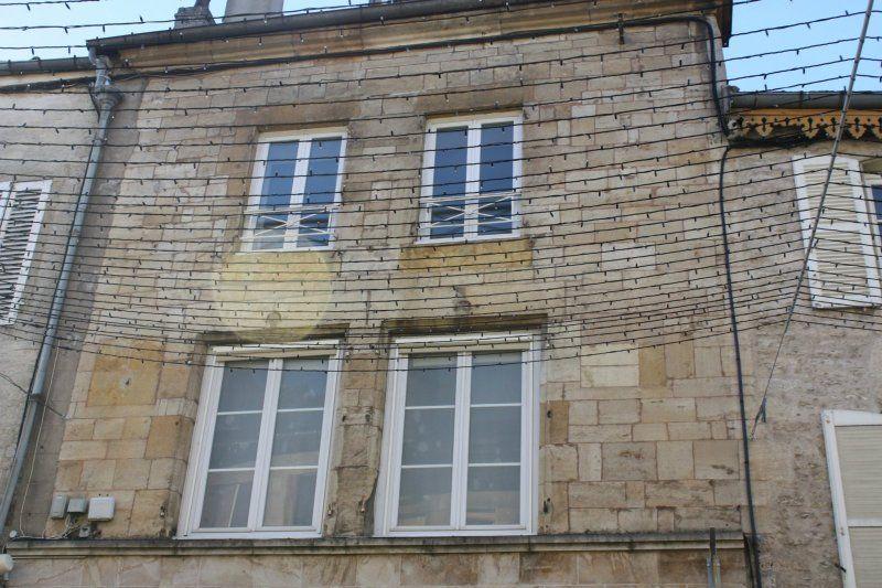 Immeuble à vendre 0 990m2 à Langres vignette-2