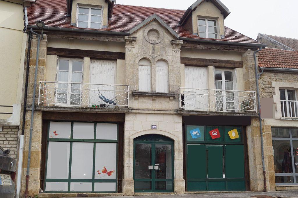 Immeuble à vendre 0 400m2 à Langres vignette-1