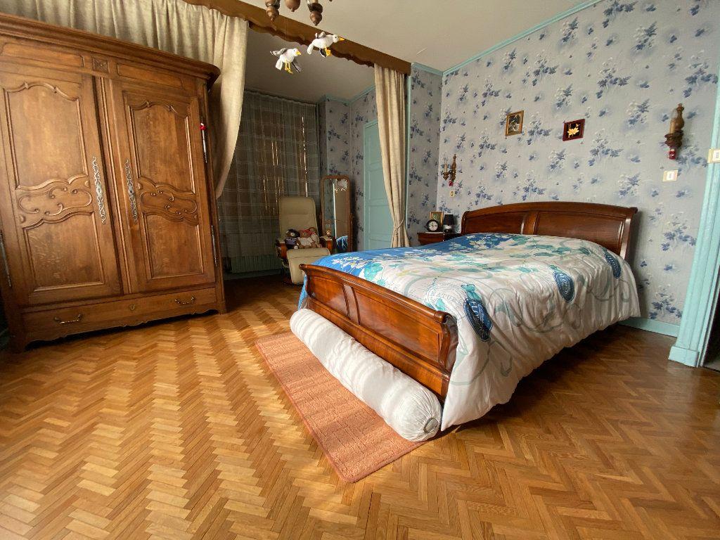 Maison à vendre 6 150m2 à Chalindrey vignette-4