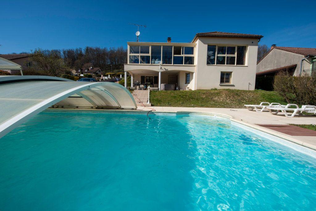 Maison à vendre 7 165m2 à Chamarandes-Choignes vignette-1