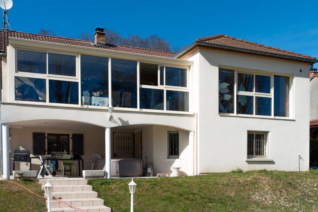 Maison à vendre 7 165m2 à Chamarandes-Choignes vignette-2