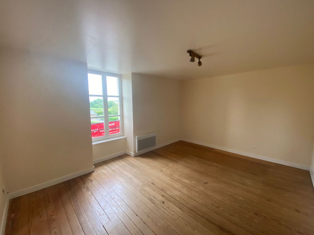 Appartement à louer 2 45.36m2 à Rolampont vignette-1