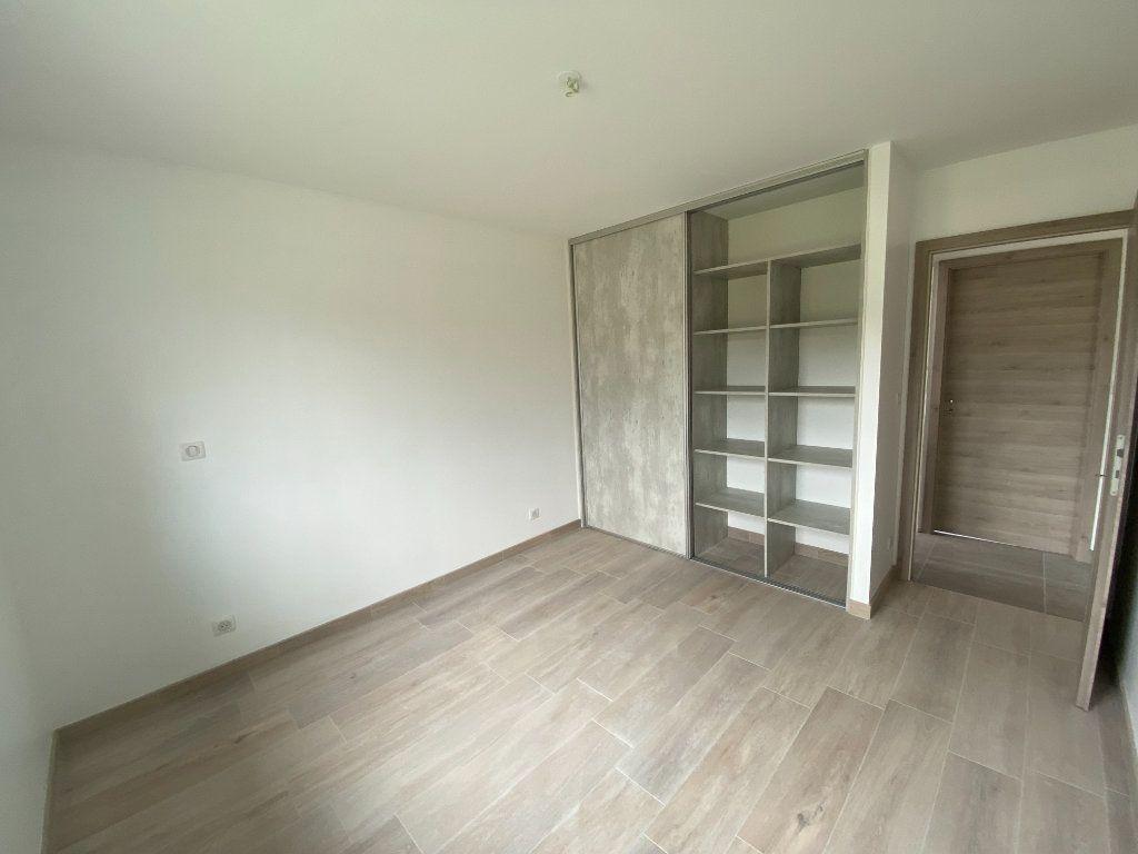 Maison à louer 4 110m2 à Longeau-Percey vignette-3