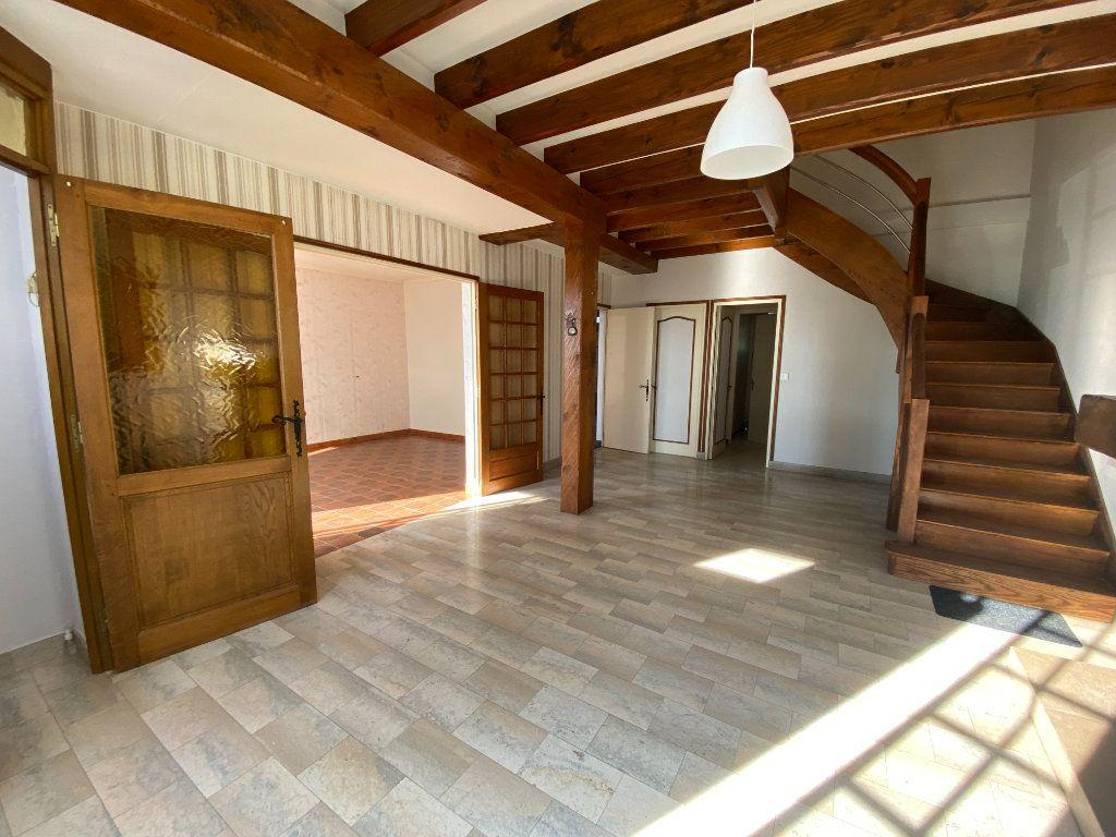 Maison à louer 4 120m2 à Langres vignette-1