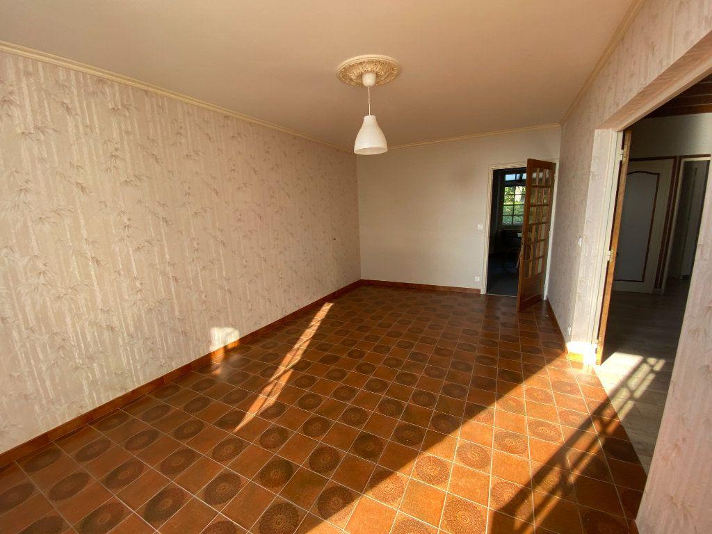 Maison à louer 4 120m2 à Langres vignette-4