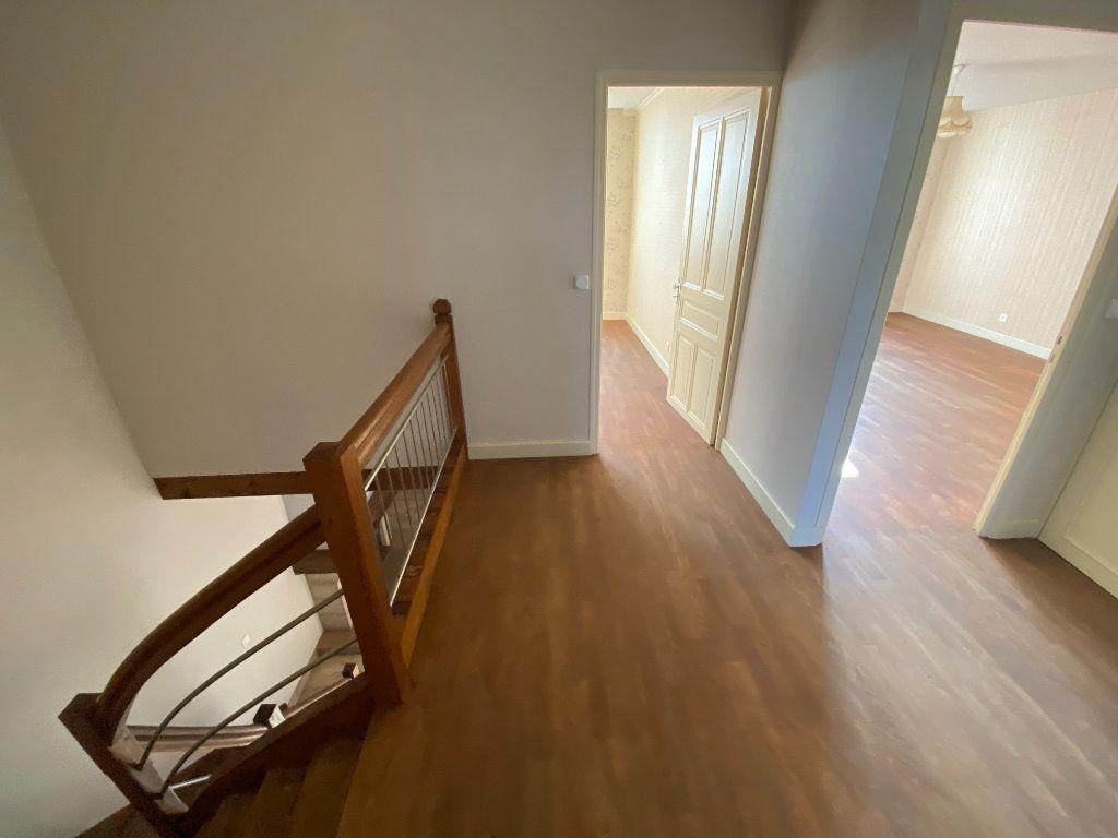 Maison à louer 4 120m2 à Langres vignette-5